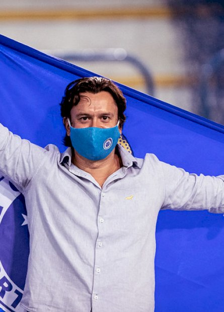 Presidente eleito do Cruzeiro anuncia pagamento de dívida na Fifa