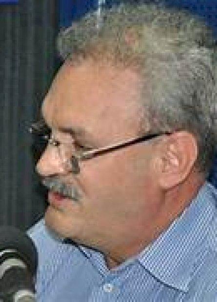 Geraldo abre mão de candidatura e permanece na Secretaria de Saúde