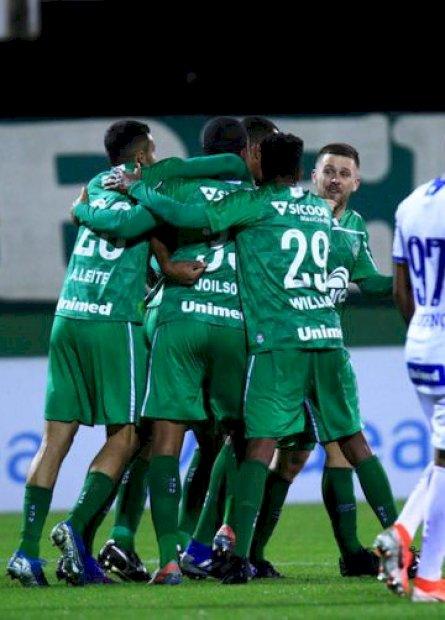Federação catarinense adia quartas de final do Estadual