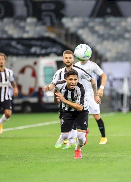 Com três de Keno, Atlético vence Grêmio e amplia vantagem na liderança