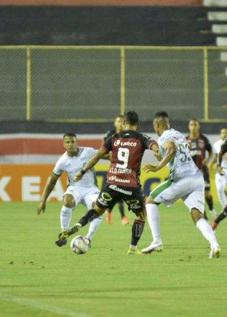 Série B: Vitória e Guarani ficam no 1 a 1