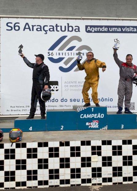 Com show de Wilson Comerlato, pilotos do MS disputam Copa de Kart em pista no interior paulista