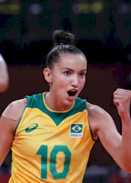 Buscando liderança do Grupo, Brasil enfrenta Japão no vôlei feminino